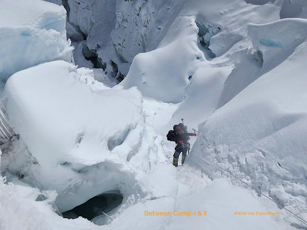 8000 peak climbing