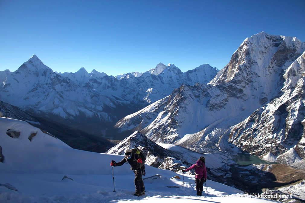 Lobuche peak 01