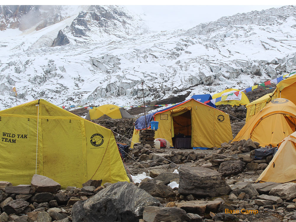 climbing Manaslu in Nepal